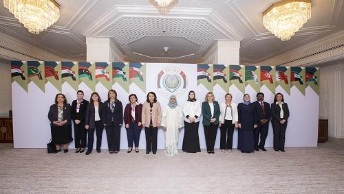 انتقال رئاسة المجلس الأعلى لمنظمة المرأة العربية من سلطنة عمان إلى الجمهورية اللبنانية في مارس القادم