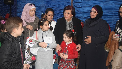 منظمة المرأة العربية تكرم الفتيات العربيات في يوم المرأة العربية