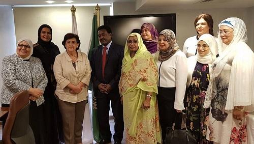 وفد من اتحاد قيادات المرأة العربية  يزور منظمة المرأة العربية